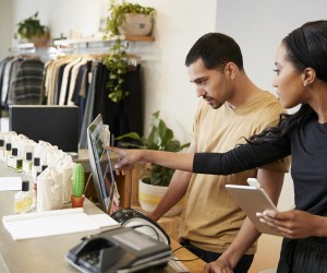 How Innovating Your Retail Business and Attract More Customers - Image.jpg